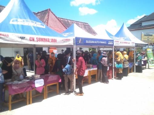 Bangkitkan Perekonomian Di Tengah Pandemi Covid-19, Kecamatan Rangkui Buka Bazar UMKM dan Launching